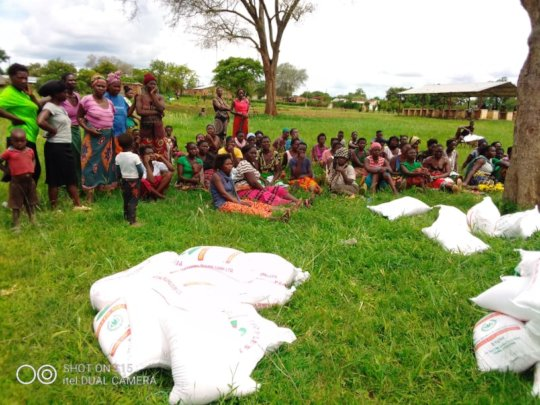 CHRISTMAS FOOD DONATION - MUKUNI VILLAGE