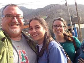 Dr. Callister with Peruvian Students