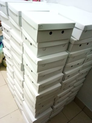 Box lunches ready to be distributed