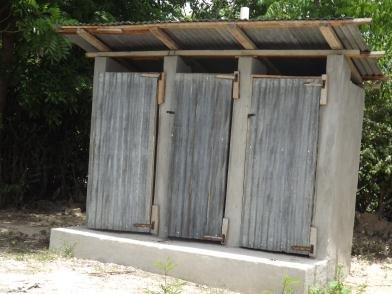 how to build a latrine
