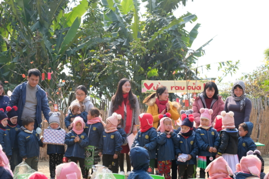 Giving gift to children
