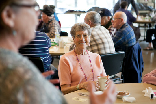 Weekend Meals for Homebound Seniors