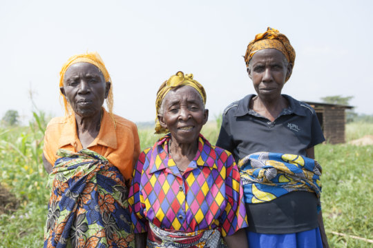 Grannies in the Grandmother Project