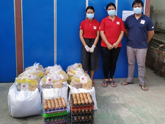 We have distributed food packages(Yangon,May 2020)