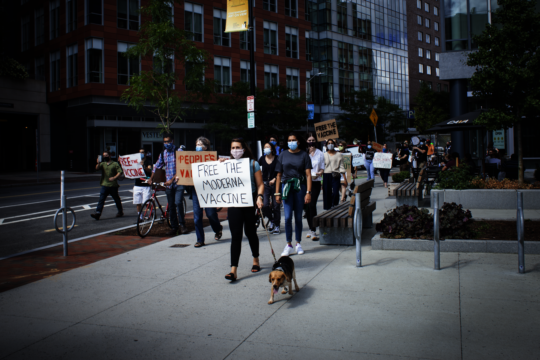 Free the Vaccine Protest 2 (photo Ashley Walton)
