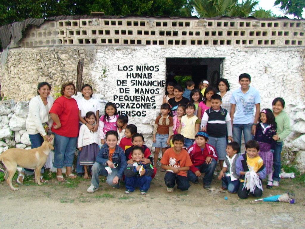 Children & aquaponics,saving Mayan apple snail
