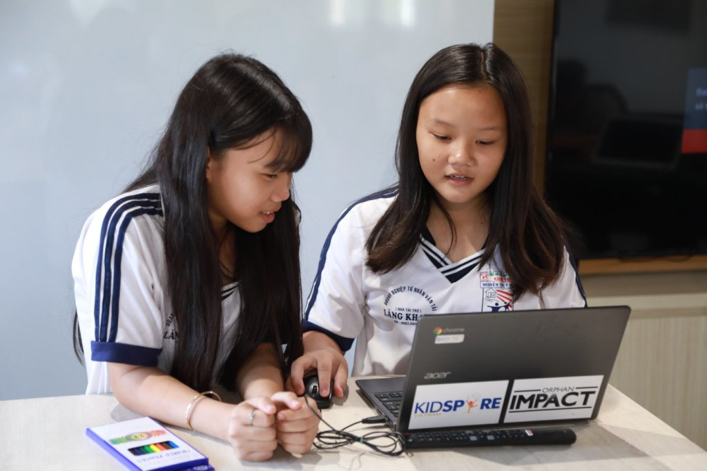 Help 200 Girls in Vietnam Join Technovation