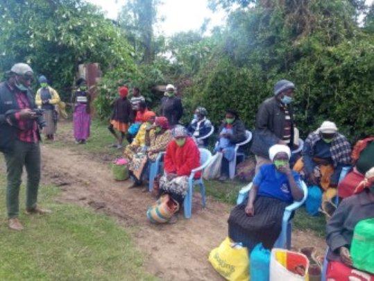 Last weekend we distributed 190 food hampers