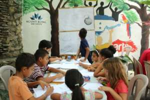Arte La Calle's Saturday drawing classes at OYE