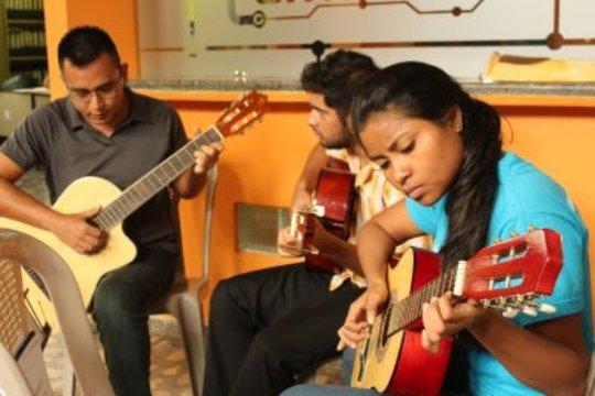 Guitar lesssons in Arte La Calle