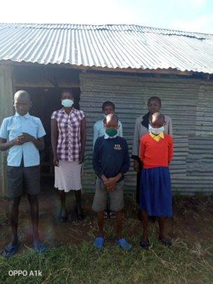 Kisumu Staff with some Grade 4