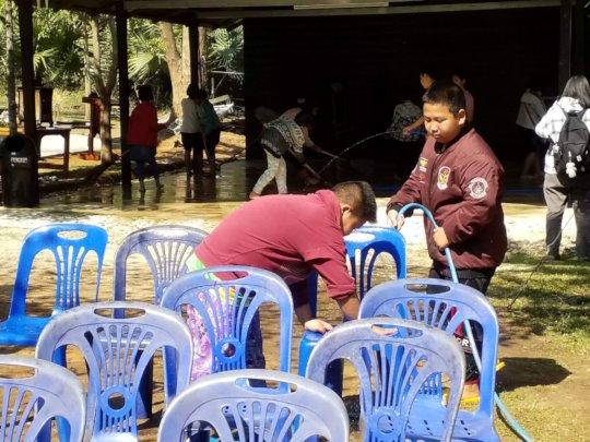 Children were cleaning the center