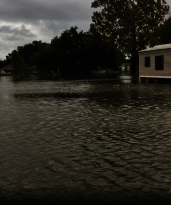 homes flooded under 3 feet of water