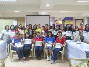 Group photo with future Aflatoun teachers in Davao