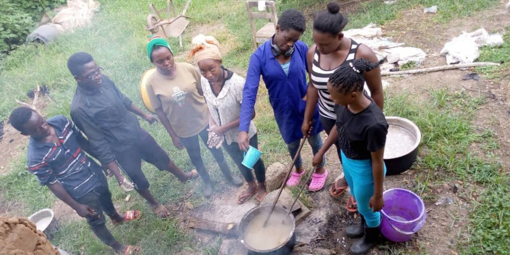 Briquettes for womens' income, health and climate