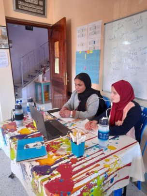 Girls have online lessons with volunteers