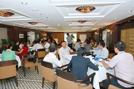 Training workshop for policy makers in Hanoi
