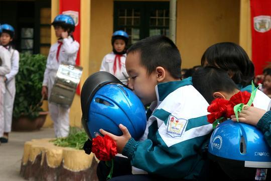 Children love helmets
