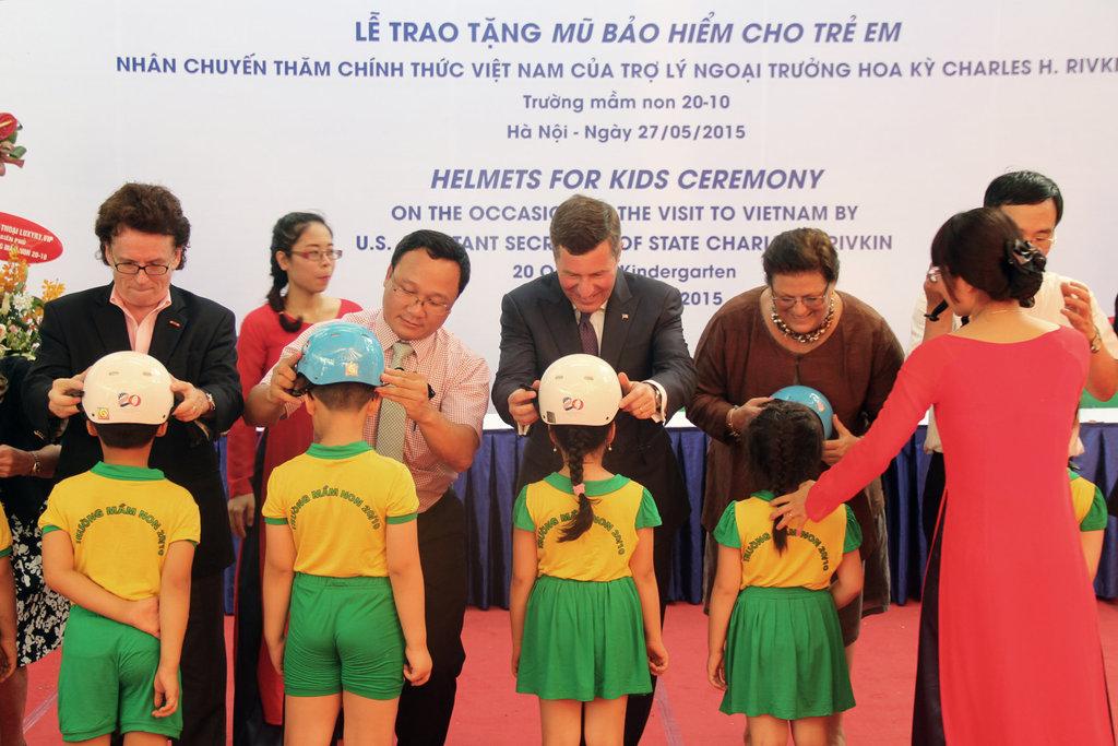 Helmet handover celebrates U.S.-Vietnam relations