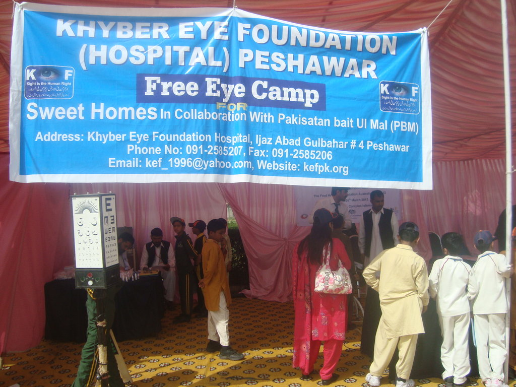 Khyber Eye Foundation Hospital arranged an free eye camp for orphan children in Islamabad. In this photo children