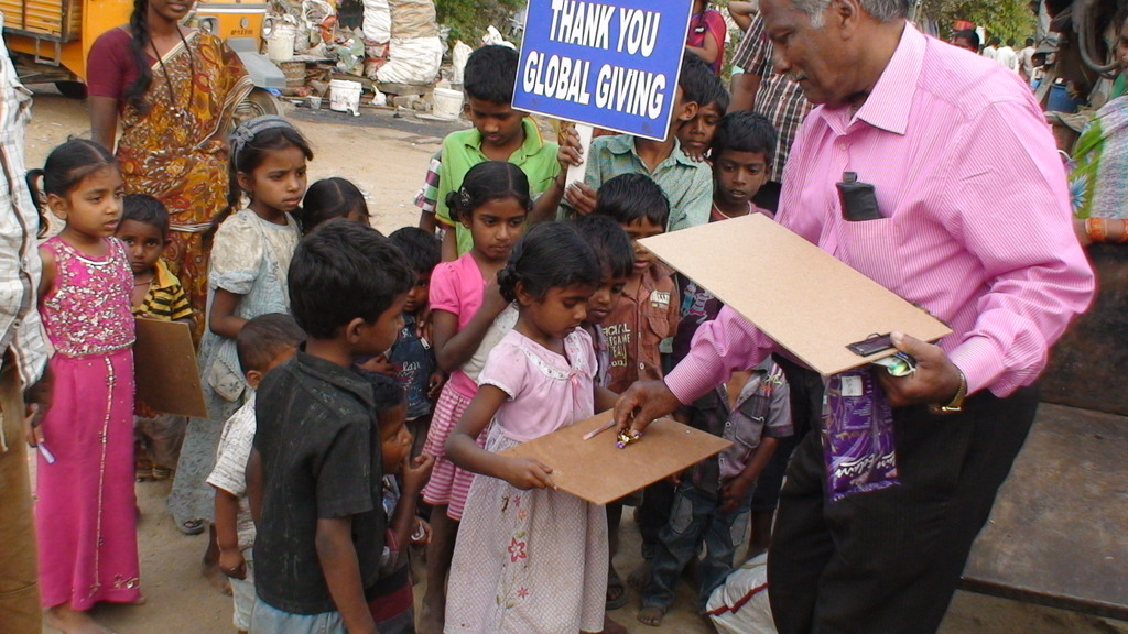 Do Children Have Right To Literacy >> Reports On Education For 100 Girls In An Urban Slum In India