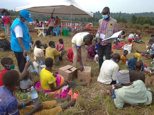 Congolese refugees stranded on the Uganda border