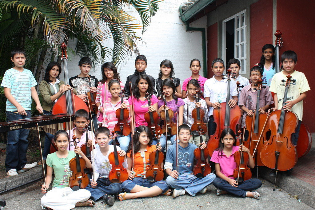 Music for underpriviledged children in Colombia