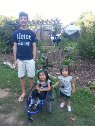 Laila, big brother, and little sister Charlet