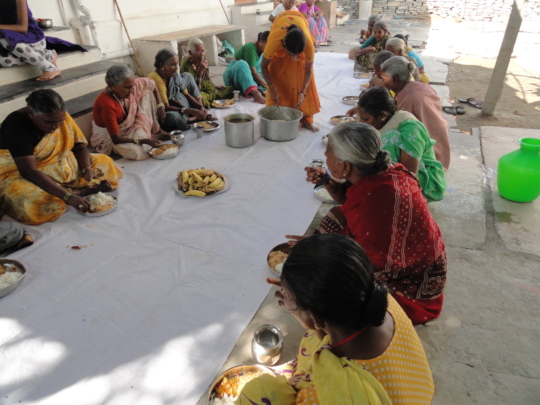 sponsor oldage women for nutritious meals in india