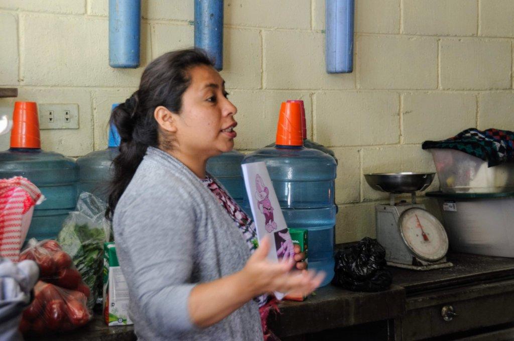 Sandy leads a training at Tzanchaj Primary School
