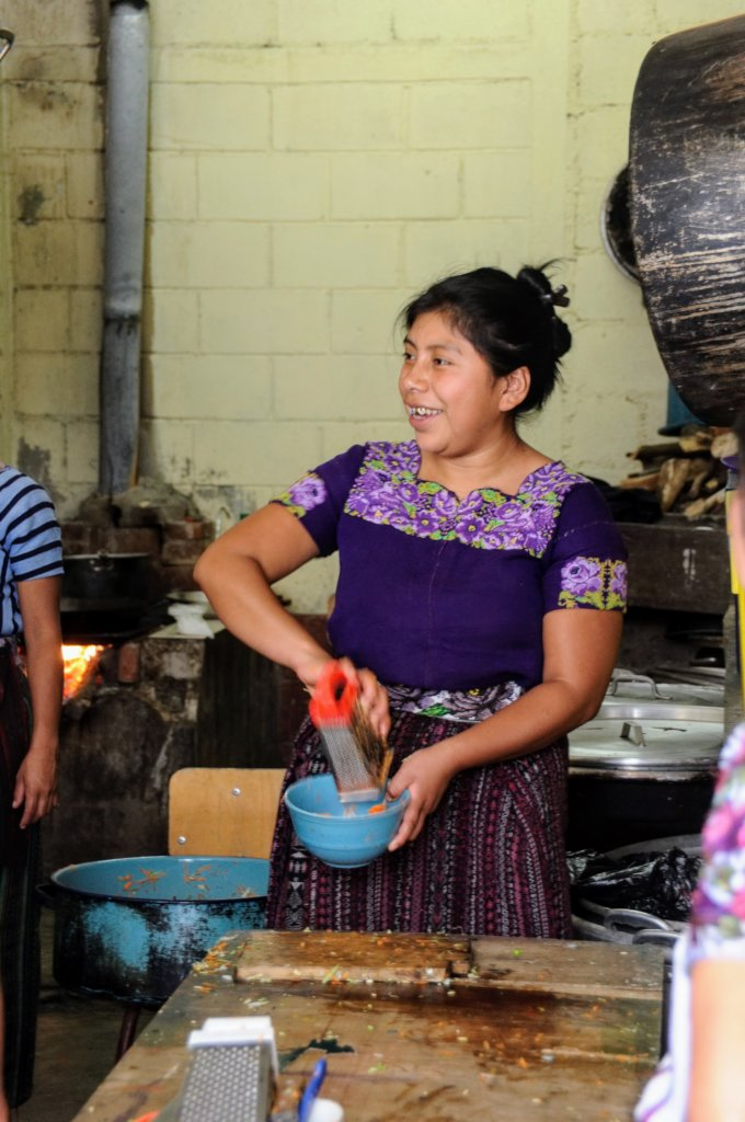 A local mother at a healthy cooking workshop