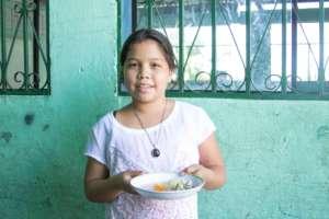 Meals served at Nueva Vida School
