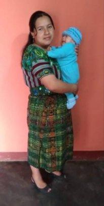 Sra. Irma and her heathy baby.