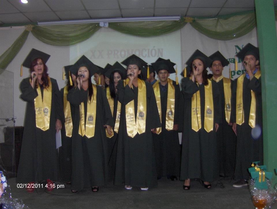 Colegio Verbo seniors sing for joy!