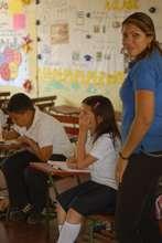 Professora Molina with her class