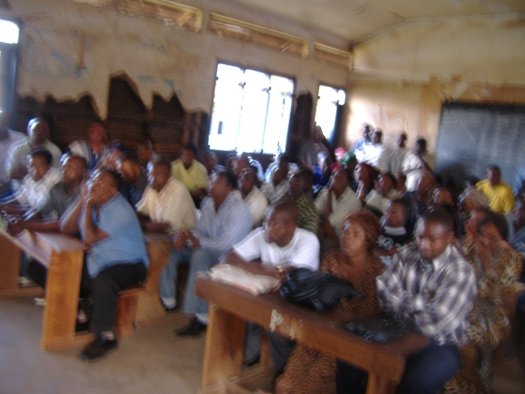 English for 1000 refugees adults in Kampala
