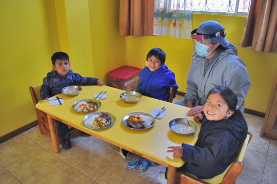 "Lunch time at ""Ojos de Cielo"""