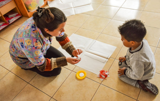 Educate and empower 200 kids at-risk in Ecuador