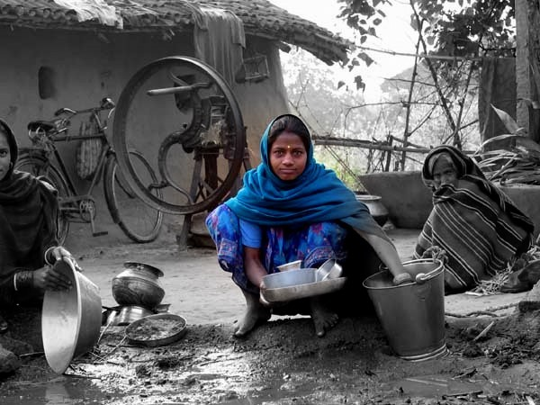 Washing Pots in Bihar