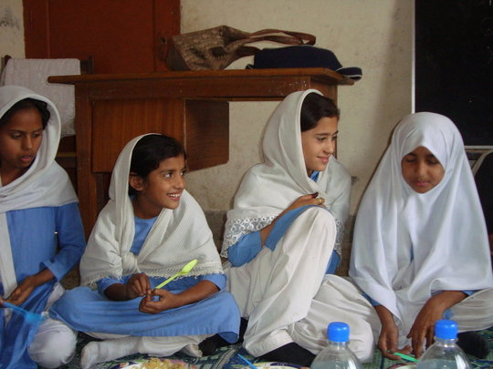 Vocational Training for 1,000 Women in Pakistan