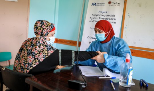 Our Mobile Medical Team in Gaza treats a patient