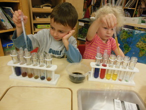 Science Table: Mixing Colors