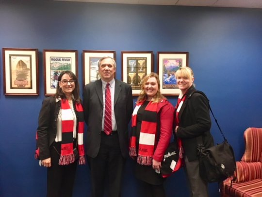 Deanna met with Oregon Senator Jeff Merkley