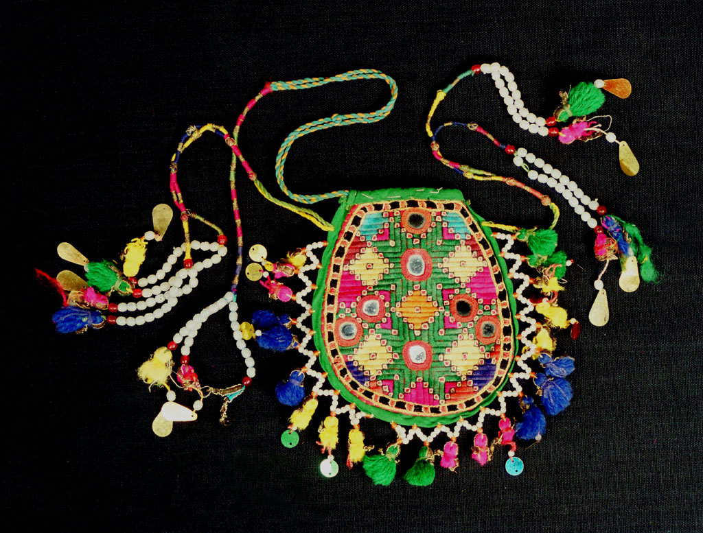 A wedding batuva from collection
