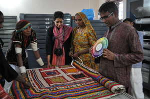 Artisans learn colour from tradition