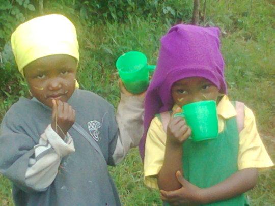 Kids take porridge