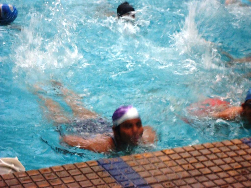 Pinky swimming