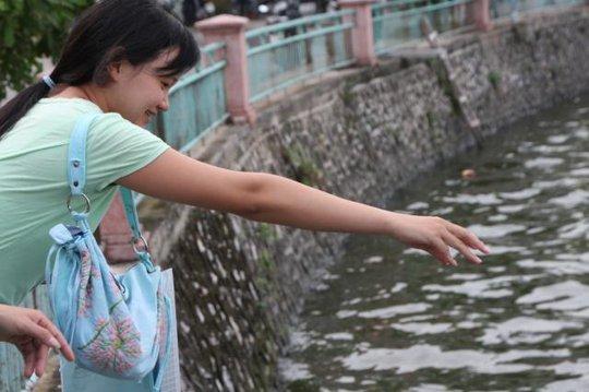 A Vietnamese Woman at Hagar