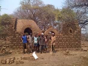 Fringilla house, masons & apprentices