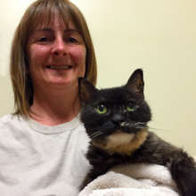Mow-Mow the cat reunited with her Mom!